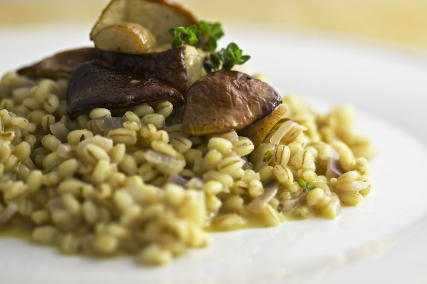 Barley risotto with porcini and fresh thyme