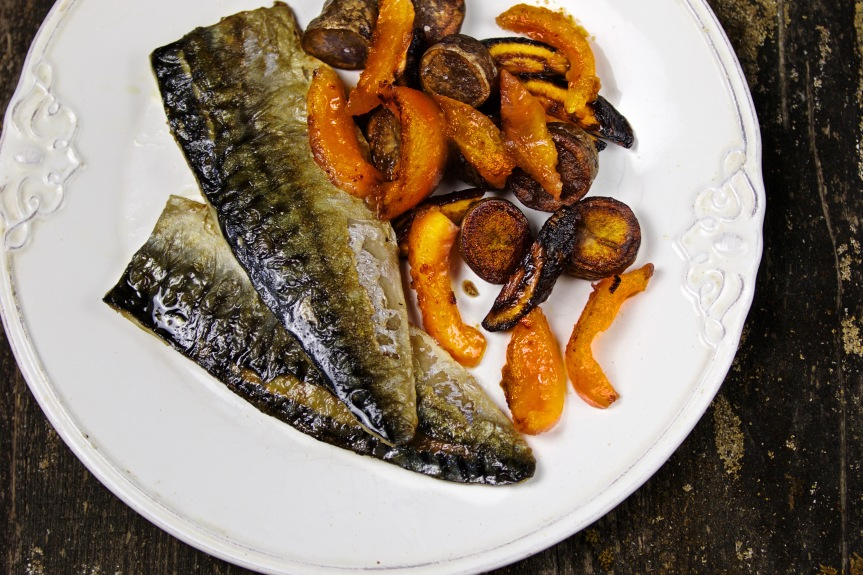 Mackerel with root vegetables